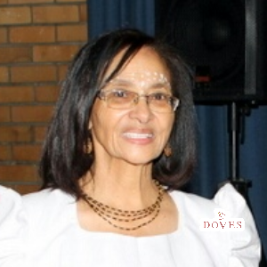 Valerie Norah -Val- West